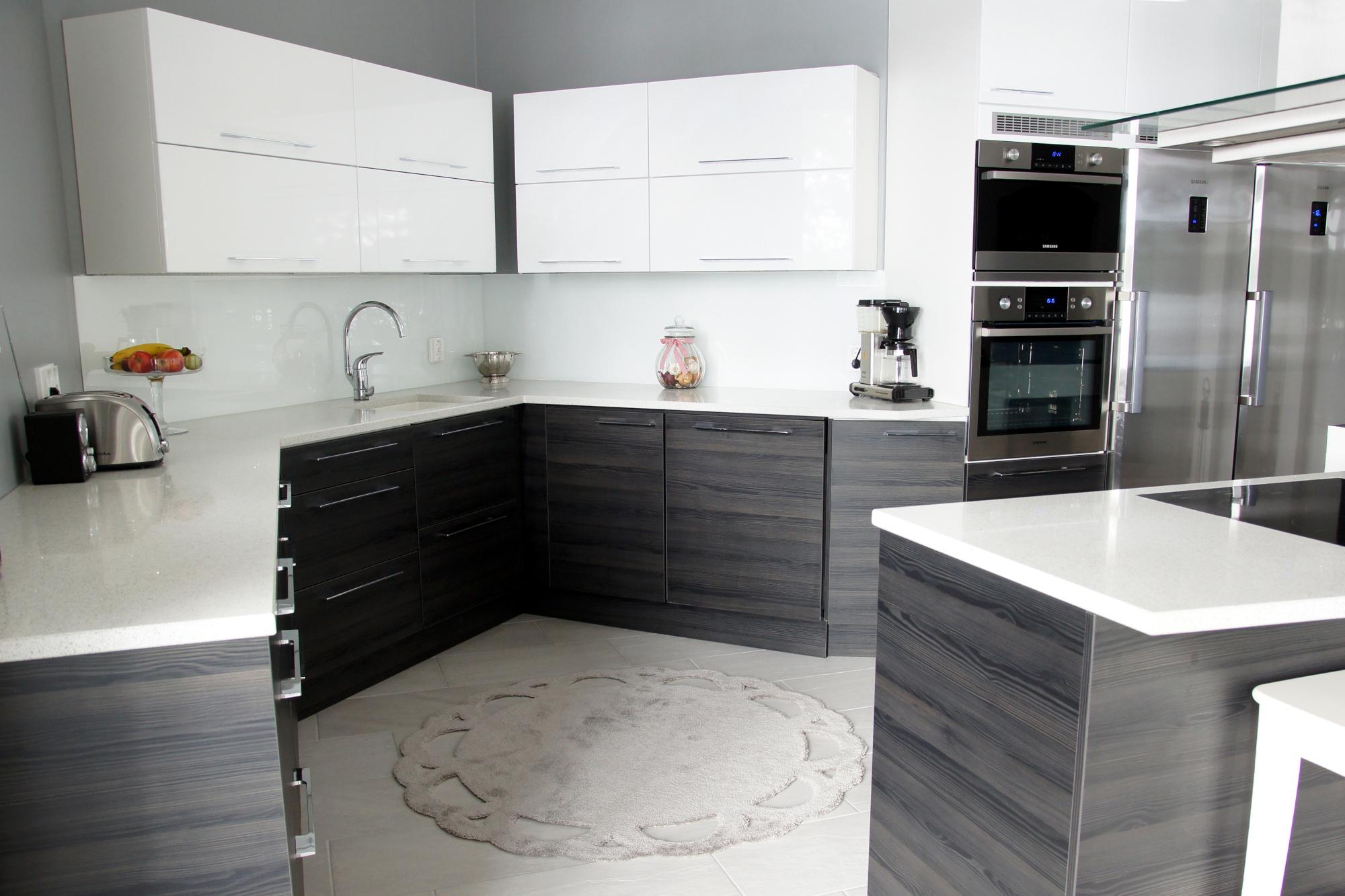valkoiset keittiökalusteet savonlinna - mitta-keittiöt